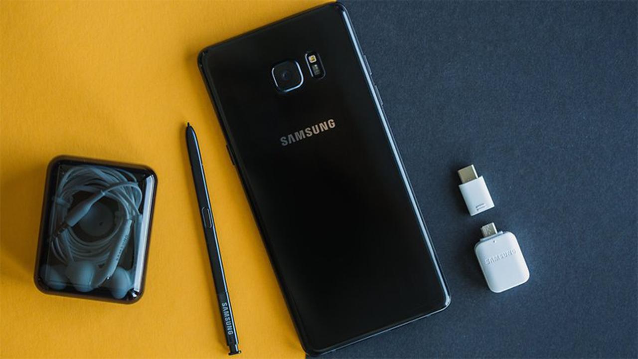 Galaxy Note 8: fotos do painel frontal mostram semelhança com o Galaxy S8