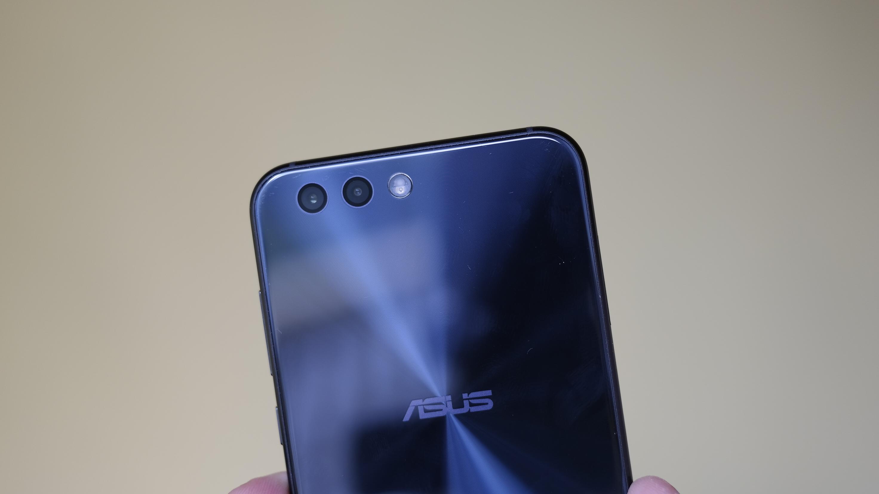 Nova imagem mostra o Zenfone 5 com um visual já conhecido
